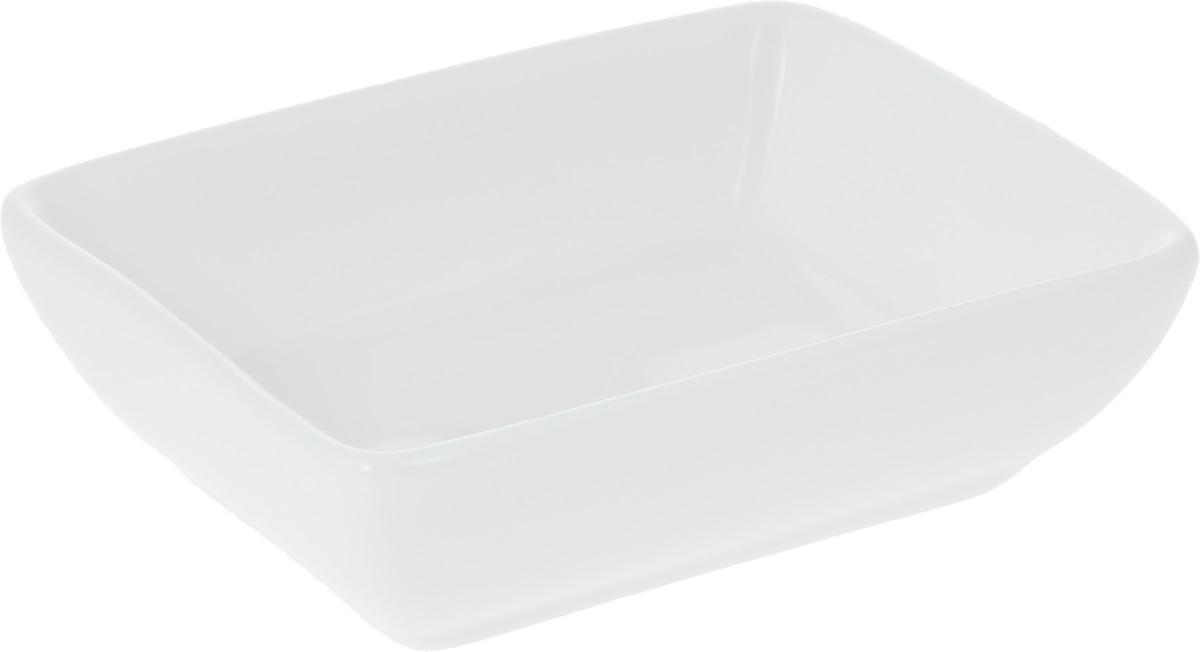 Блюдце для соуса Wilmax, 8 х 6 смWL-996012 / AБлюдце для соуса Wilmax прямоугольной формы изготовлено из высококачественного фарфора, покрытого слоем глазури. Изделие предназначено для подачи соусов, варенья или меда. Такое блюдце пригодится в любом хозяйстве, оно подойдет как для праздничного стола, так и для повседневного использования. Изделие функциональное, практичное и легкое в уходе.
