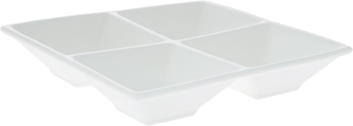 Менажница Wilmax, 4 секции, 15 х 15 смWL-992017 / AМенажница Wilmax изготовлена из высококачественного фарфора. Она состоит из 4 секций, предназначенных для подачи сразу нескольких видов закусок, нарезок, соусов и варенья. Оригинальная менажница Wilmax станет украшением как праздничного, так и повседневного обеденного стола и подчеркнет ваш изысканный вкус. Размер менажницы: 15 х 15 х 3 см. Размер секций: 6,5 х 6,5 см.