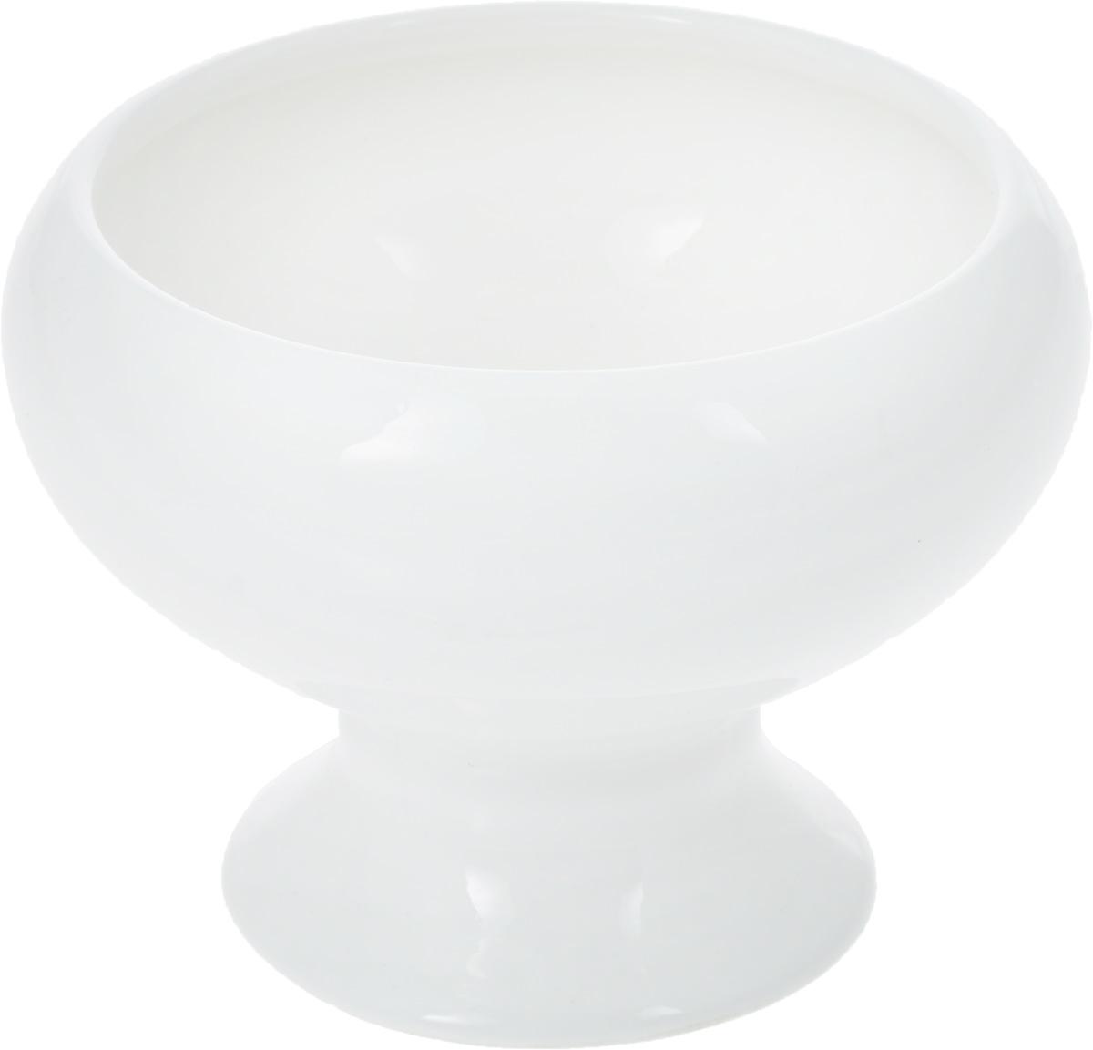 Креманка WilmaxWL-995006 / AКреманка Wilmax изготовлена из высококачественного фарфора, покрытого глазурью. Изделие предназначено для подачи мороженого и различных десертов, также может использоваться для хранения варенья, меда, джемов. Такая креманка пригодится в любом хозяйстве, она подойдет как для праздничного стола, так и для повседневного использования. Изделие функциональное, практичное и легкое в уходе. Диаметр креманки (по верхнему краю): 9 см. Внешний диаметр креманки: 11 см. Высота креманки: 8 см.
