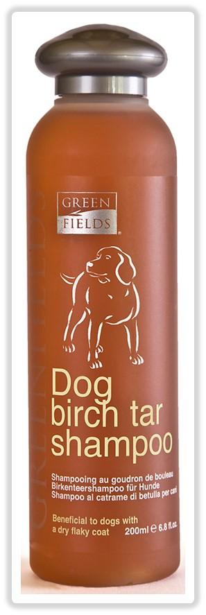 Шампунь для собак Greenfields, с березовой смолой, 200 мл8718836720109Шампунь - концентрат. Расход шампуня в 10 раз меньше обычных шампуней! Шампунь «Greenfields для собак с берёзовой смолой» – для ухода за собаками с заболеваниями кожного покрова на основе очищенного берёзового дёгтя. Безсульфатный , гипоаллергенный со сбалансированным РН не допускающий пересушивания кожно-волосяного покрова. Обладает свойствами регенерации, увлажнения, снятия раздражения кожного покрова собаки при себорее и экземе. Подходит для всех пород. Провитамин В5, входящий в состав шампуня, обладает превосходными восстанавливающими свойствами, Гидролизованный протеин шёлка питает и увлажняет волосяной покров, препятствует дальнейшей потери влаги, образуя лёгкую защитную обволакивающую плёнку. Одну из важных ролей играет секрет копчиковой железы лебедя – уникальный по своим действиям компонент, подаренный самой природой. Он обеспечивает мягкое расчёсывание, сохранение эластичности волоса, дополнительную защиту кожно- волосяного покрова....