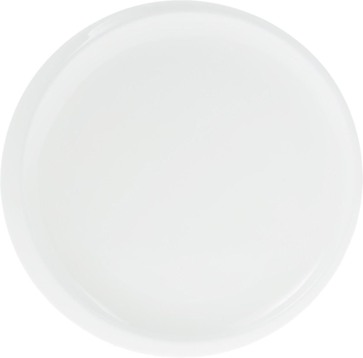 Тарелка Wilmax, диаметр 24 смWL-991236 / AТарелка Wilmax, изготовленная из высококачественного фарфора, имеет классическую круглую форму. Оригинальный дизайн придется по вкусу и ценителям классики, и тем, кто предпочитает утонченность и изысканность. Тарелка Wilmax идеально подойдет для сервировки стола и станет отличным подарком к любому празднику.