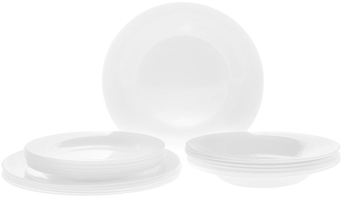 Набор тарелок Luminarc Olax, 18 предметовL4817Набор Luminarc Olax состоит из 6 суповых тарелок, 6 обеденных тарелок и 6 десертных тарелок. Изделия выполнены из высококачественного стекла и имеют классическую круглую форму. Такой набор прекрасно подойдет как для повседневного использования, так и для праздников. Набор тарелок Luminarc Olax - это не только полезный подарок для родных и близких, а также великолепное дизайнерское решение для вашей кухни или столовой. Диаметр суповой тарелки: 21,5 см. Высота суповой тарелки: 3 см. Диаметр обеденной тарелки: 25 см. Высота обеденной тарелки: 2 см. Диаметр десертной тарелки: 19 см. Высота десертной тарелки: 1,5 см.