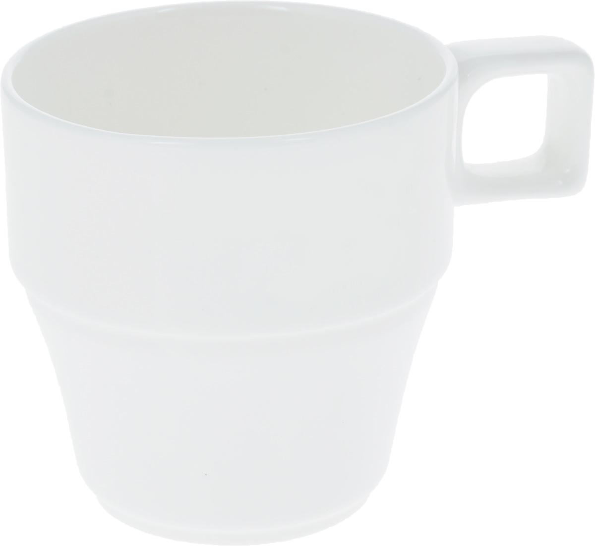 Кружка Wilmax, 250 мл. WL-993050WL-993050Штабелируемая кружка Wilmax выполнена из высококачественного фарфора. Изделие впишется в любой интерьер современной кухни, а также станет отличным дополнением к сервировке праздничного или обеденного стола. Диаметр кружки (по верхнему краю): 8 см.