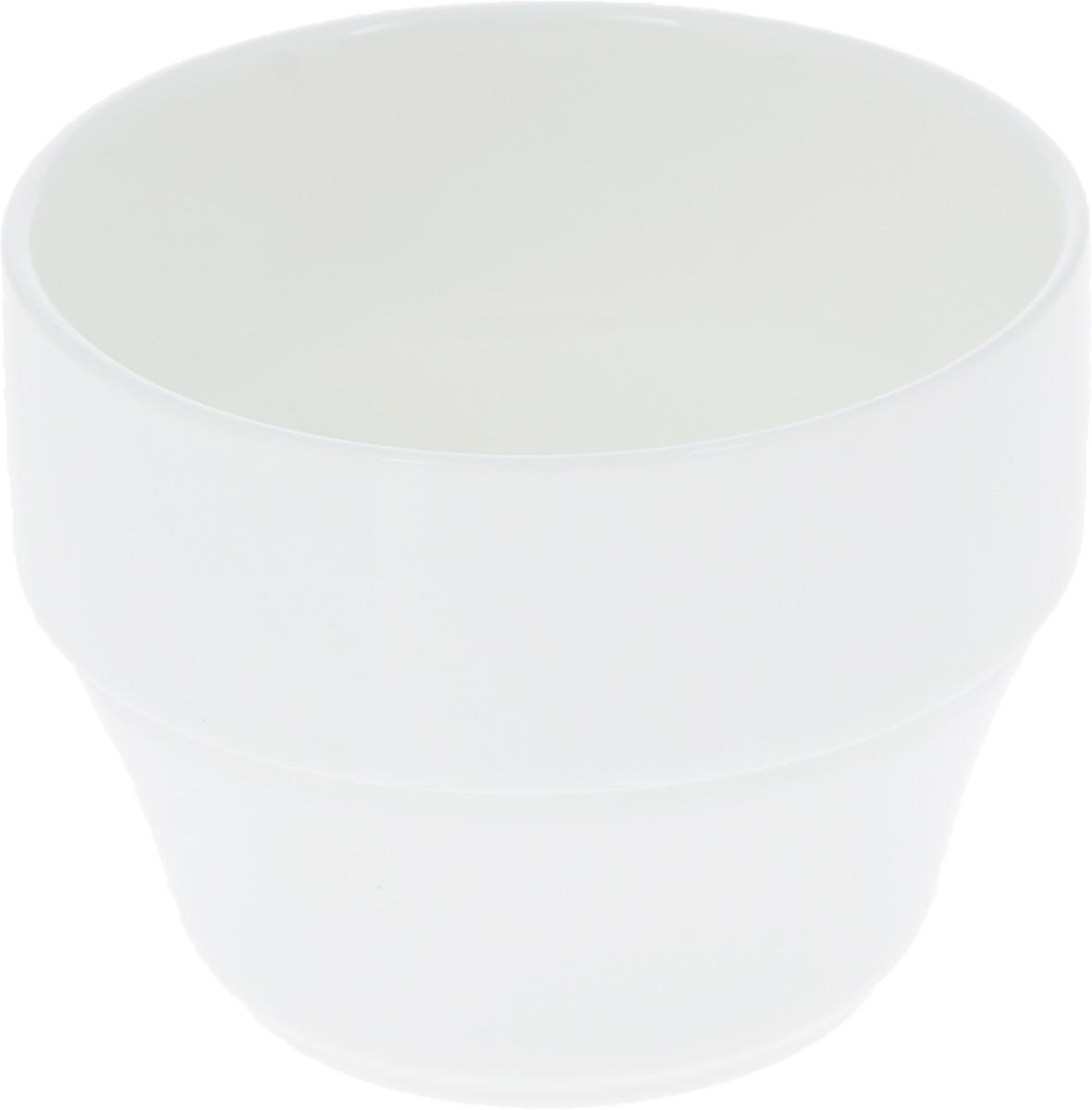 Кружка Wilmax, 180 млWL-993042 / AКружка Wilmax изготовлена из высококачественного фарфора, покрытого глазурью. Штабелируемая, то есть несколько кружек легко вставляются друг в друга. Такая кружка пригодится в любом хозяйстве, она функциональная, практичная и легкая в уходе. Не имеет ручки. Можно мыть в посудомоечной машине и ставить в микроволновую печь. Диаметр (по верхнему краю): 7,5 см. Высота стенки: 6 см.