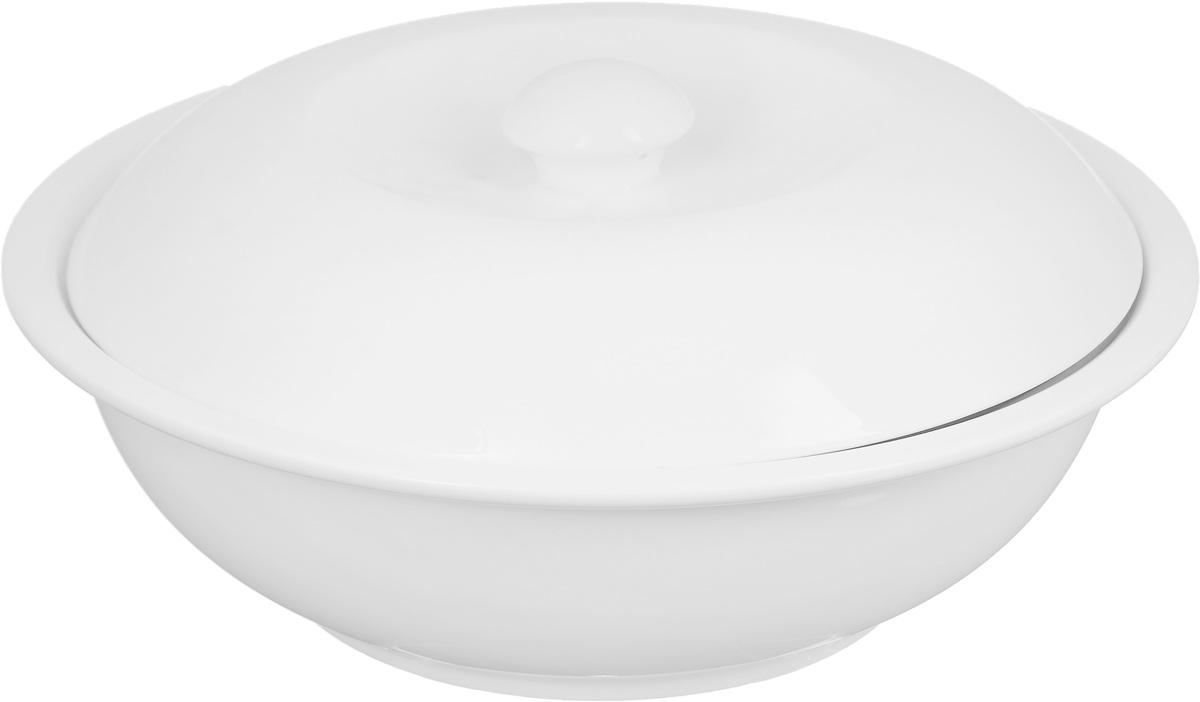 Салатник Wilmax, с крышкой, 1,7 лWL-992442 / AСалатник Wilmax, изготовленный из высококачественного фарфора с глазурованным покрытием, прекрасно подойдет для подачи различных блюд: закусок, салатов или фруктов. Дополнен крышкой, которая плотно прилегает к краем изделия. Такой салатник украсит ваш праздничный или обеденный стол, а оригинальный дизайн придется по вкусу и ценителям классики, и тем, кто предпочитает утонченность и изысканность. Высота (без учета крышки): 8 см.