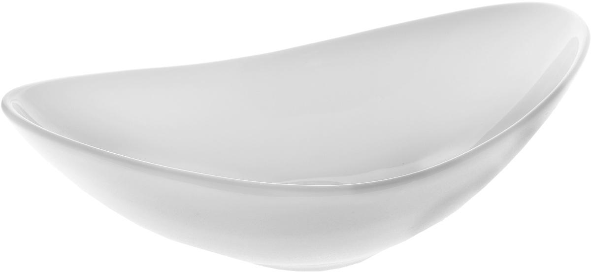 Салатник Wilmax, 360 млWL-992391 / AСалатник Wilmax, изготовленный из высококачественного фарфора с глазурованным покрытием, прекрасно подойдет для подачи различных блюд: закусок, салатов, фруктов и многого другого. Такой салатник украсит ваш праздничный или обеденный стол, а нежное исполнение понравится любой хозяйке. Можно мыть в посудомоечной машине и использовать в микроволновой печи. Размер салатника (по верхнему краю): 20,5 х 12,5 см. Диаметр дна: 5,5 см.