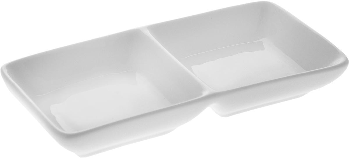 Менажница Wilmax, 2 секции. WL-992415WL-992415 / AМенажница Wilmax, изготовленная из высококачественного фарфора, состоит из 2 секций. Изделие предназначено для подачи сразу нескольких видов закусок, соусов и варенья. Оригинальная менажница Wilmax станет настоящим украшением праздничного стола и подчеркнет ваш изысканный вкус. Размер менажницы: 14,5 х 7 х 2,5 см. Размер секций: 7 х 7 см.