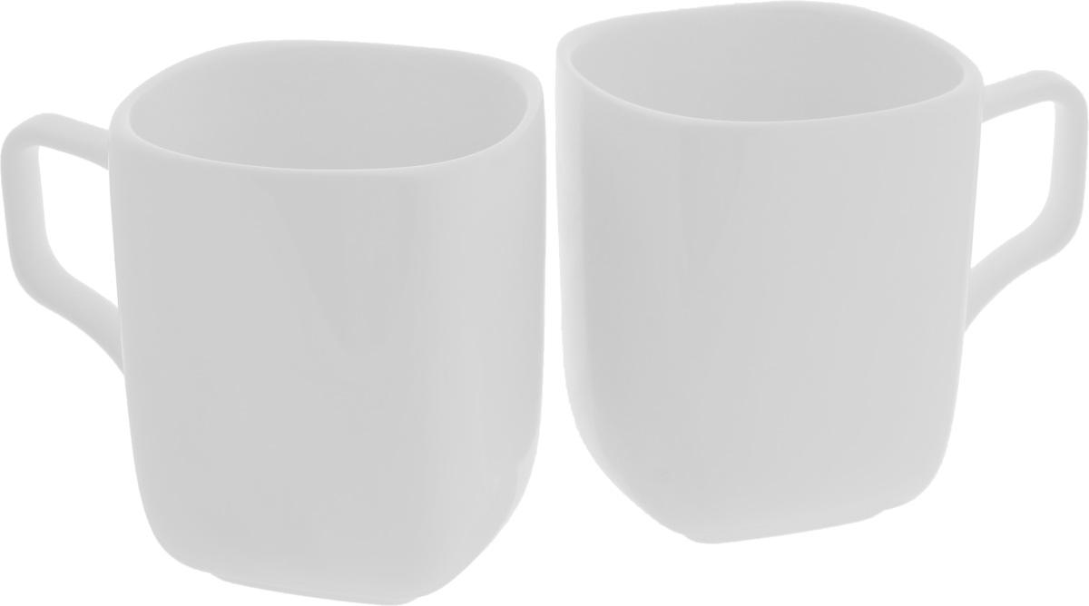 Набор кружек Wilmax, 470 мл, 2 штWL-993066 / 2CНабор Wilmax состоит из двух кружек, выполненных из высококачественного фарфора с глазурованным покрытием. Изделия станут незаменимыми для чаепития, порадуют вас практичностью, высоким качеством и стильным дизайном. Оригинальный набор Wilmax отлично дополнит коллекцию вашей кухонной посуды и станет хорошим подарком для ваших друзей и близких. Диаметр кружки (по верхнему краю): 9 см.