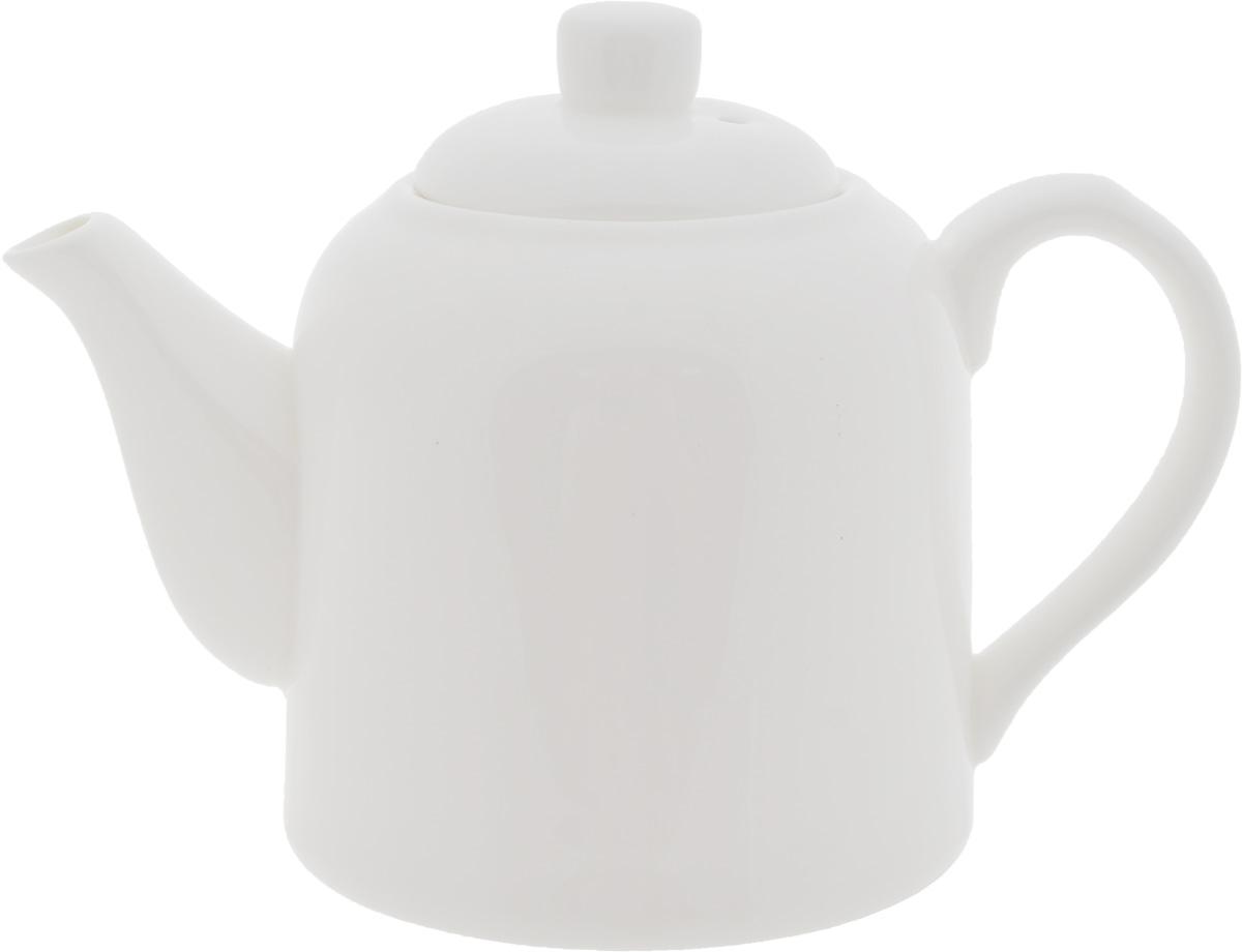 Чайник заварочный Wilmax, 375 млWL-994034 / 1CЗаварочный чайник Wilmax изготовлен из высококачественного фарфора. Глазурованное покрытие обеспечивает легкую очистку. Изделие прекрасно подходит для заваривания вкусного и ароматного чая, а также травяных настоев. Ситечко в основании носика препятствует попаданию чаинок в чашку. Оригинальный дизайн сделает чайник настоящим украшением стола. Он удобен в использовании и понравится каждому. Можно мыть в посудомоечной машине и использовать в микроволновой печи. Диаметр чайника (по верхнему краю): 5,5 см. Высота чайника (без учета крышки): 8,5 см.