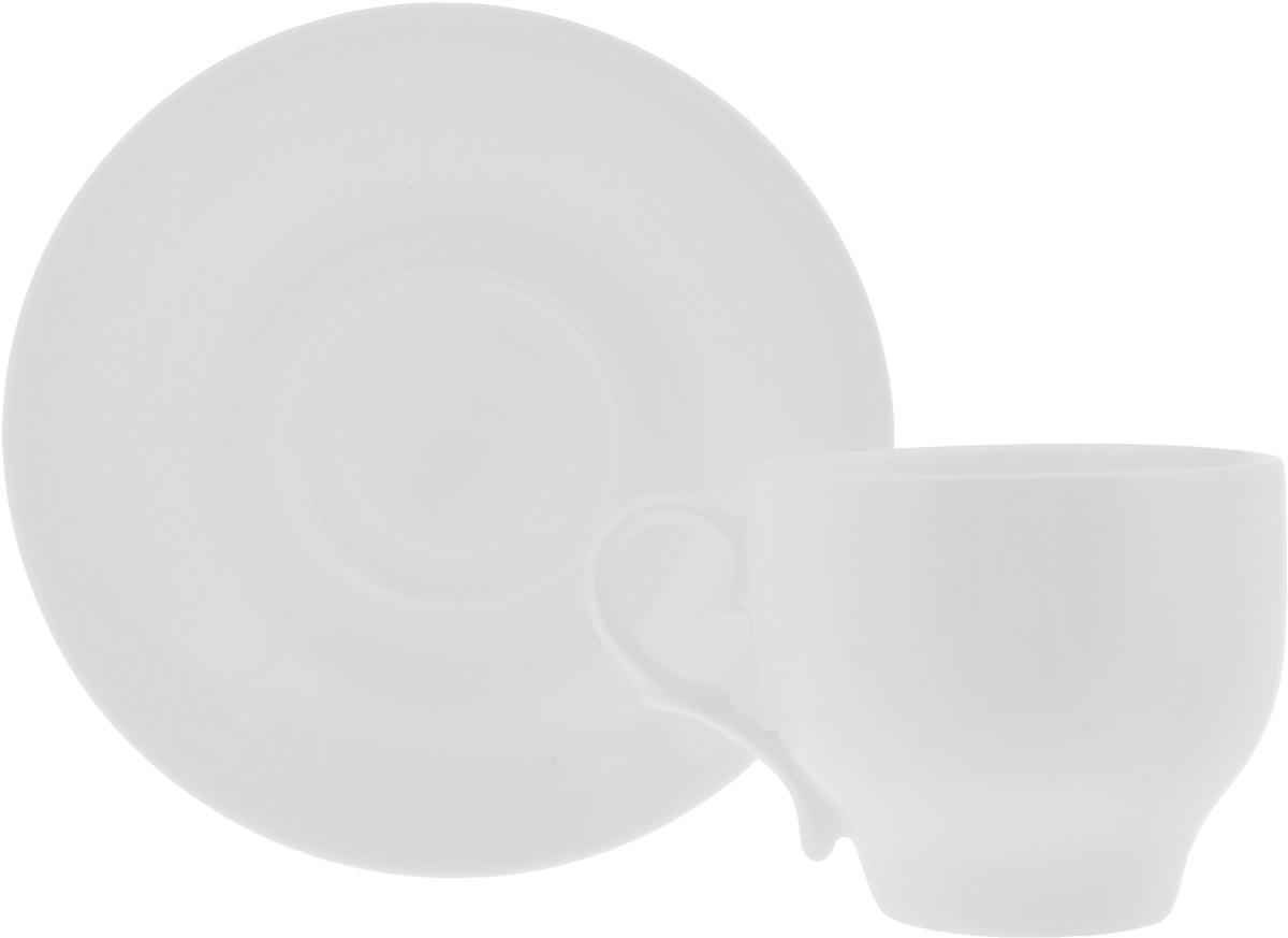 Чайная пара Wilmax, 2 предмета. 993009R/1C993009R/1CЧайная пара Wilmax состоит из чашки и блюдца. Изделия выполнены из высококачественного фарфора и имеют классическую круглую форму. Оригинальный дизайн, несомненно, придется вам по вкусу. Чайная пара Wilmax украсит ваш кухонный стол, а также станет замечательным подарком к любому празднику. Объем чашки: 220 мл. Диаметр чашки (по верхнему краю): 8 см. Высота чашки: 7 см. Диаметр блюдца: 14,5 см. Высота блюдца: 2 см.