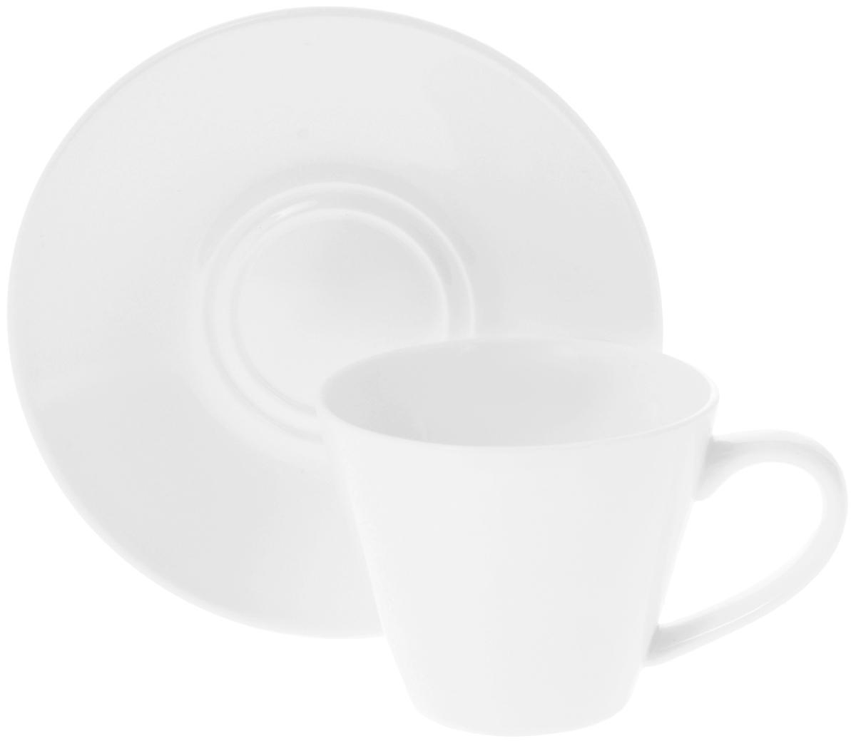 Чайная пара Wilmax, 2 предмета. WL-993004WL-993004 / ABЧайная пара Wilmax состоит из чашки и блюдца, выполненных из высококачественного фарфора и оформленных в классическом стиле. Оригинальный дизайн обязательно придется вам по вкусу. Чайная пара Wilmax украсит ваш кухонный стол, а также станет замечательным подарком к любому празднику. Объем чашки: 180 мл. Диаметр чашки (по верхнему краю): 8 см. Диаметр основания чашки: 4,5 см. Высота чашки: 7 см. Диаметр блюдца: 14 см.