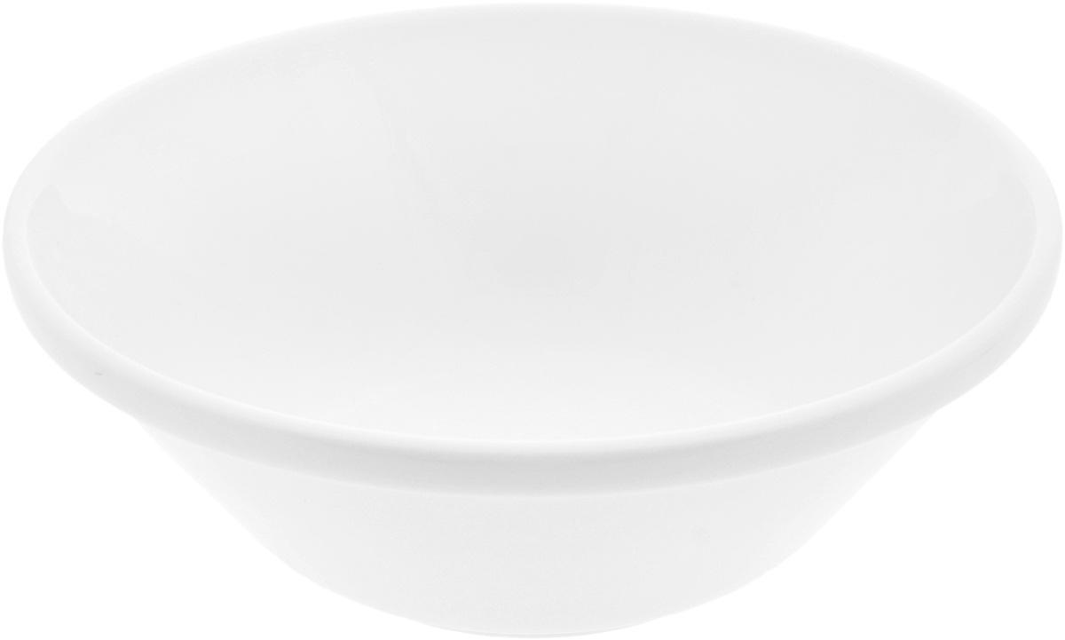 Салатник Wilmax, 1,2 лWL-992663 / 1CСалатник Wilmax, изготовленный из высококачественного фарфора с глазурованным покрытием, прекрасно подойдет для подачи различных блюд: закусок, салатов или фруктов. Такой салатник украсит ваш праздничный или обеденный стол, а оригинальный дизайн придется по вкусу и ценителям классики, и тем, кто предпочитает утонченность и изысканность.