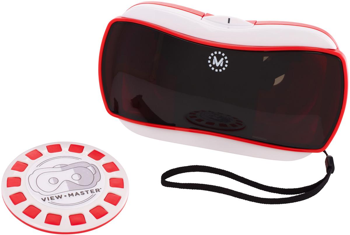 View-Master Интерактивная игрушка Виртуальные очкиDLL68Очки View-Master - это ваш портал в захватывающие виртуальные приключения, которые перенесут вас в разные точки мира и за его пределы. Всего лишь скачайте одно из приложений VR, вставьте смартфон в гарнитуру, нажмите на движок и отправляйтесь сквозь пространство и время! Вас ждет невероятный обзор на 360 градусов! Одним лишь поворотом головы изменяйте пространство вокруг себя. Исследуйте все вокруг, открывайте для себя каждый раз новый виртуальный мир и находите поражающие воображение сюрпризы. Оглянитесь. Вокруг столько интересного! Необходимо совместимое мобильное устройство. View-Master лучше всего работает со следующими мобильными устройствами (не входят в комплект): iPhone 6s Plus, iPhone 6s, iPhone 6 Plus, iPhone 5s, iPhone 5c. iPhone 5, IOS 8.1 and above, Samsung Galaxy S6, Samsung Galaxy S5, Samsung Galaxy S4, Samsung Galaxy Note, Motorola Moto X (2014), Motorola Droid Turbo, LG G4, LG G3, HTC One, Nexus 6, Nexus 5. Очки-гарнитура View-Master также совместимы с...