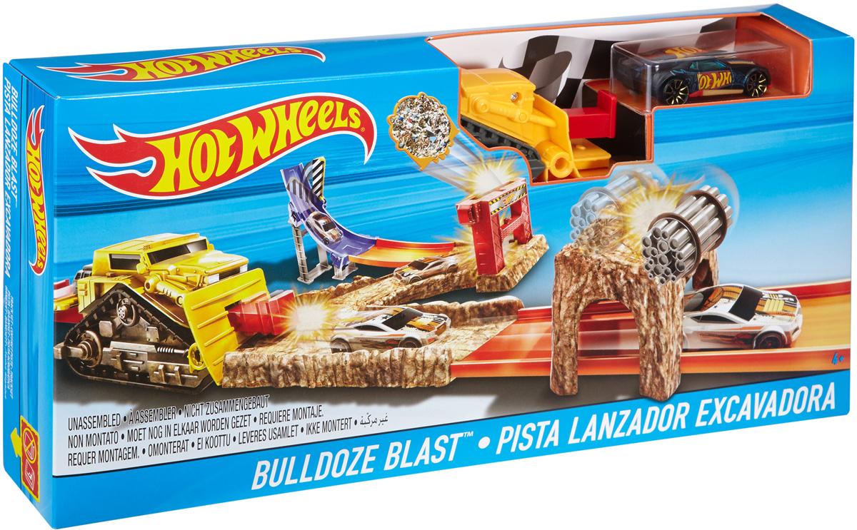 Hot Wheels Игрушечный трек Базовая трасса DNR74_DJF04DNR74_DJF04Выполняй трюки, гоняй на полной скорости и взлетай на трассах Hot Wheels! Дети смогут создать трассы в любимых стилях, таких как Bulldoze Blast, Trash Basher и других, и играть на них многие часы напролет — разгонять машинки Hot Wheels до предельной скорости, с ветерком спускать их с горки или, наоборот, пускать в полет с трамплина! Вдвое больше веселья в каждом наборе — в них дети найдут не только машинку Hot Wheels, но и катапульту для запуска машинок! Продаются отдельно, уточняйте наличие у продавца. Цвет и комплектация могут отличаться.