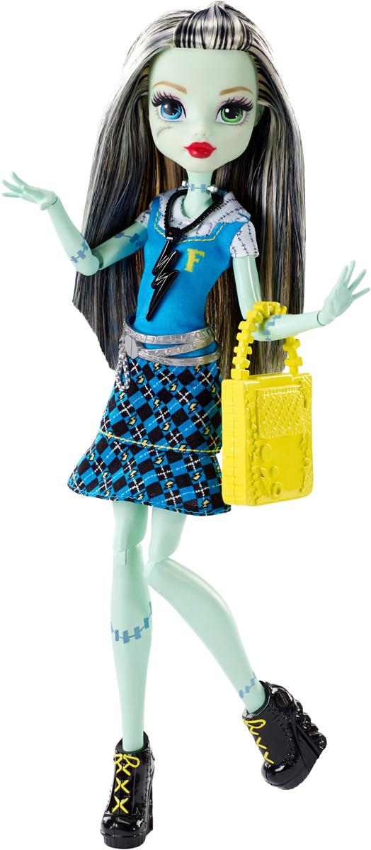 Monster High Кукла Френки Штейн цвет платья голубойDNW97_DNW99Давно полюбившиеся нам ученицы Школы монстров не боятся быть чудовищами! Они модно приоделись и готовы к занятиям в своей жуткой школе и к леденящим кровь приключениям. Одна из них - Френки Штейн. Её модный наряд прекрасно подходит как для учебы в культовой школе Monster High, так и для приключений за ее пределами. Кукла Monster High Френки Штейн одета в стильный школьный наряд с пластиковым поясом. На ногах - черные ботильоны на высоких каблуках. Завершают стильный образ зловещей модницы оригинальные желтые серьги, сумочка и черное ожерелье. Шикарные длинные волосы куклы можно расчесывать. Вашей малышке понравится воссоздавать сцены или разыгрывать с куклой сюжеты собственных историй. Руки, ноги и колени у куклы шарнирные, это позволяет придать разнообразные позы. Порадуйте поклонницу Монстер Хай удивительной новинкой в мире Школы Монстров, подарив ей эту замечательную куколку.
