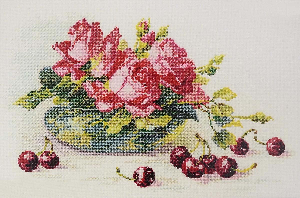 Набор для вышивания крестом Марья Искусница Розы и черешня, 33 х 20 см04.005.16Набор для вышивания крестом Марья Искусница Розы и черешня поможет создать красивую вышитую картину. Рисунок-вышивка, выполненный на канве по картине К.Кляйн, выглядит стильно и модно. Вышивание отвлечет вас от повседневных забот и превратится в увлекательное занятие! Работа, сделанная своими руками, не только украсит интерьер дома, придав ему уют и оригинальность, но и будет отличным подарком для друзей и близких! Набор содержит все необходимые материалы для вышивки на канве в технике счетный крест. В набор входит: - канва Aida 16 Zweigart (белого цвета), - нитки мулине Finca - хлопок (41 цвет), - черно-белая символьная схема, - инструкция на русском языке, - игла Hemline. Размер готовой работы: 33 х 20 см. Размер канвы: 30 х 45 см.