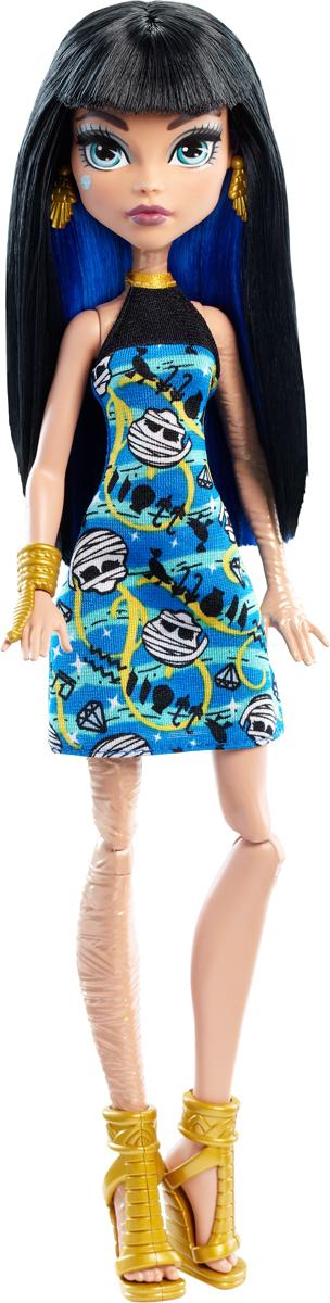 Monster High Кукла Клео де Нил цвет платья синийDTD90_DNV68Давно полюбившиеся нам ученицы Школы монстров не боятся быть чудовищами! Они модно приоделись и готовы к занятиям в своей жуткой школе и к леденящим кровь приключениям. Одна из них - Клео де Нил. Её модный наряд прекрасно подходит как для учебы в культовой школе Monster High, так и для приключений за ее пределами. Кукла Monster High Клео де Нил одета в короткое платье с черепами. На ногах - изящные босоножки золотого цвета на высоких каблуках. Завершают стильный образ зловещей модницы оригинальные серьги и крупный браслет в тон босоножкам. Шикарные длинные волосы куклы можно расчесывать. Вашей малышке понравится воссоздавать сцены или разыгрывать с куклой сюжеты собственных историй. Руки, ноги и колени у куклы шарнирные, это позволяет придать разнообразные позы. Порадуйте поклонницу Монстер Хай удивительной новинкой в мире Школы Монстров, подарив ей эту замечательную куколку.