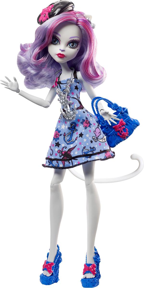 Monster High Кукла Пиратская авантюра Катрин Де МяуDTV82_DTV83В новой серии Пиратская авантюра герои Monster High отправляются в опасное плавание. Кукла Monster High Катрин Де Мур - дочь Кошки-оборотня, одета в светло-синее платье с якорями, птичками и цветами. На ногах куклы - оригинальные синие босоножки. Завершают стильный образ зловещей модницы сережки, берет и ожерелье в морской тематике. Шикарные длинные волосы куклы можно расчесывать. К кукле прилагается изящная сумочка для морских находок. Вашей малышке понравится воссоздавать сцены или разыгрывать с куклой сюжеты собственных историй. Руки, ноги и колени у куклы шарнирные, это позволяет придать разнообразные позы. Порадуйте поклонницу Monster High удивительной новинкой в мире Школы Монстров, подарив ей эту замечательную куколку.