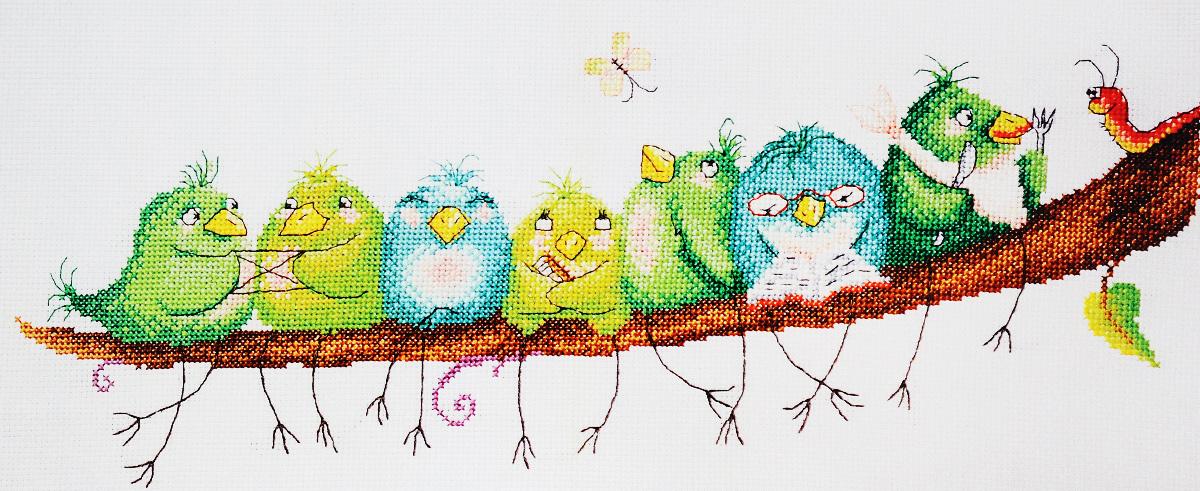 Набор для вышивания крестом Марья Искусница Веселые птички, 40 х 20 см15.001.22Набор для вышивания крестом Марья Искусница Веселые птички поможет создать красивую вышитую картину по рисунку Элины Эллис. Рисунок-вышивка, выполненный на канве, выглядит стильно и модно. Вышивание отвлечет вас от повседневных забот и превратится в увлекательное занятие! Работа, сделанная своими руками, не только украсит интерьер дома, придав ему уют и оригинальность, но и будет отличным подарком для друзей и близких! Набор содержит все необходимые материалы для вышивки на канве в технике счетный крест. В набор входит: - канва Aida 14 Zweigart (голубого цвета), - нитки мулине Finca - хлопок (29 цветов), - черно-белая символьная схема, - инструкция на русском языке, - игла Hemline.