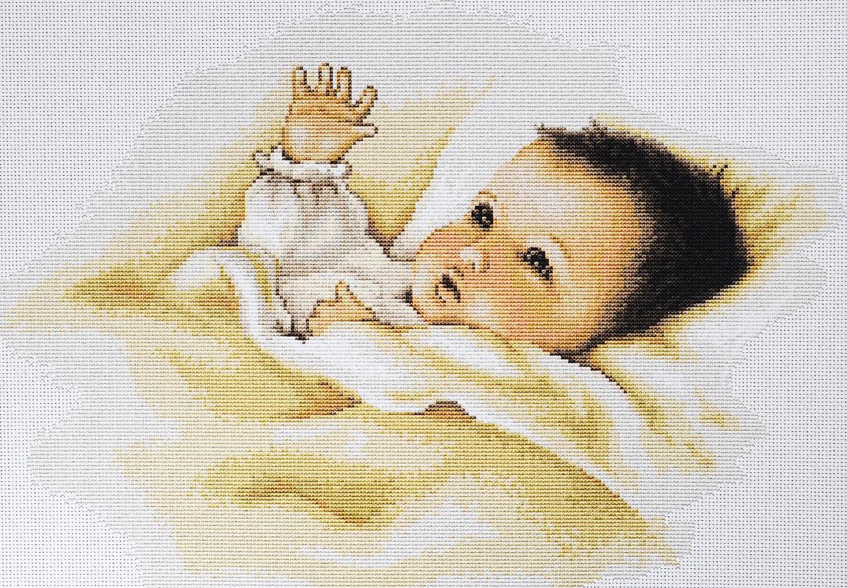 Набор для вышивания крестом Luca-S Младенец, 32,5 х 22 смB385Набор для вышивания крестом Luca-S Младенец поможет создать красивую вышитую картину. Рисунок-вышивка, выполненный на канве, выглядит стильно и модно. Вышивание отвлечет вас от повседневных забот и превратится в увлекательное занятие! Работа, сделанная своими руками, не только украсит интерьер дома, придав ему уют и оригинальность, но и будет отличным подарком для друзей и близких! Набор содержит все необходимые материалы для вышивки на канве в технике счетный крест. В набор входит: - канва Aida 18 Zweigart (белого цвета), - нитки мулине Anchor - 100% мерсеризованный хлопок (26 цветов), - черно-белая символьная схема, - инструкция на русском языке, - игла.