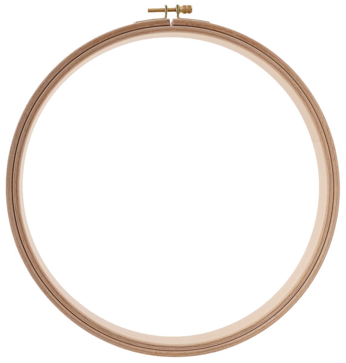 Пяльцы Klass & Gessmann, круглые, диаметр 25 см211-8Пяльцы Klass & Gessmann изготовлены из трехслойного клееного полированного бруса (бука) и оснащены латунным винтом для надежного закрепления ткани. Пяльцы просто незаменимы для вышивки. Их основное назначение - держать материал в натянутом состоянии. Работа, сделанная своими руками, создаст особый уют и атмосферу в доме и долгие годы будет радовать вас и ваших близких. А подарок, выполненный собственноручно, станет самым ценным для друзей и знакомых. Диаметр: 25 см. Высота обода: 25 мм.