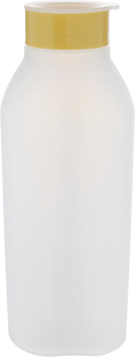Бутылка с распылителем Tescoma Delicia, 500 мл630346Бутылка с распылителем Tescoma Delicia, выполненная из прочного пластика, отлично подходит для равномерного распыления жидких смесей для усиления вкуса, фруктовых соков на бисквитные десерты. Бутылка оснащена мелкой сеткой для распыления и защитной крышкой. Имеется шкала литража. Можно мыть в посудомоечной машине и использовать для хранения жидкости в холодильнике.