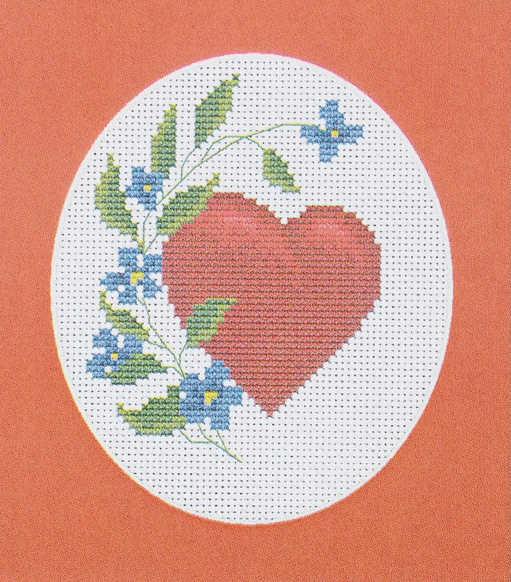 Набор для вышивания крестом Luca-S Валентинка, 8,5 х 11 смB1060Набор для вышивания крестом Luca-S Валентинка поможет создать красивую вышитую картину. Рисунок-вышивка, выполненный на канве, выглядит стильно и модно. Вышивание отвлечет вас от повседневных забот и превратится в увлекательное занятие! Работа, созданная своими руками, не только украсит интерьер дома, придав ему уют и оригинальность, но и будет отличным подарком для друзей и близких! Набор содержит все необходимые материалы для вышивки на канве в технике счетный крест. В набор входит: - канва Aida Zweigart №14 (белого цвета), - мулине Anchor - 100% мерсеризованный хлопок (10 цветов), - черно-белая символьная схема, - инструкция, - игла. Размер готовой работы: 8,5 х 11 см. Размер канвы: 25,5 х 20 см.