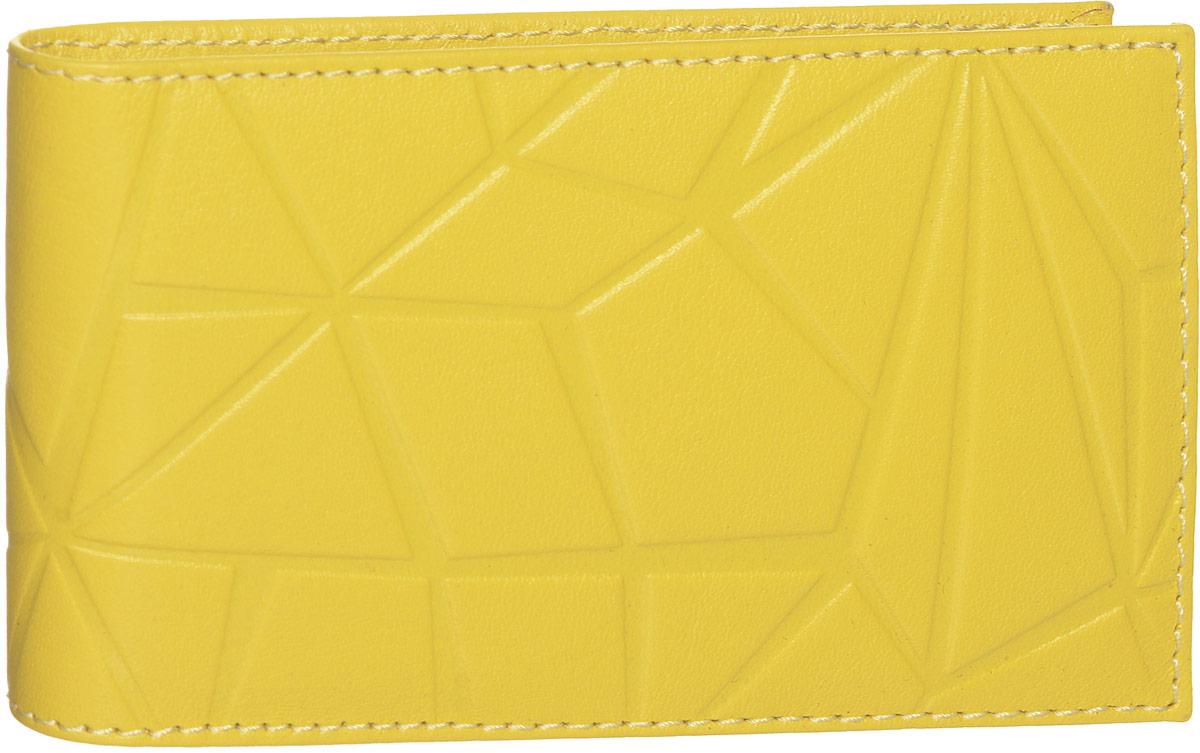 Визитница Askent Geometry, цвет: желтый. V.60.AMV.60.AM. желтыйВизитница горизонтальная из коллекции Geometry выполнена из натуральной матовой кожи и оформлена геометрическим стилизованным тиснением. На внутреннем развороте карманы из прозрачного пластика. Внутренний блок выполнен из прозрачного пластика и рассчитан на 20 кредитных или 40 визитных карточек.