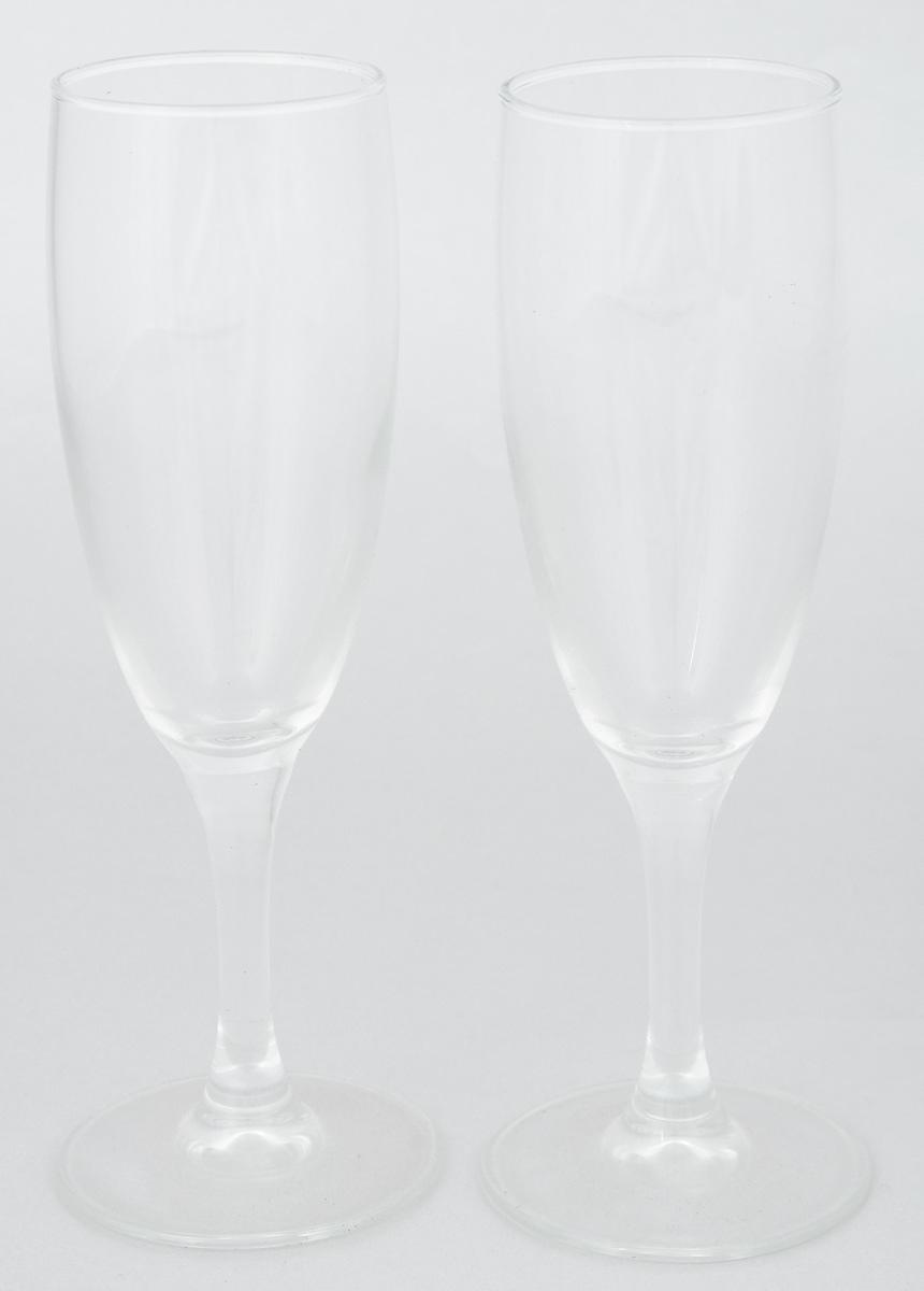 Набор фужеров Luminarc Французский ресторанчик, 170 мл, 2 штJ3407Набор Luminarc Французский ресторанчик состоит из двух классических фужеров, выполненных из прочного стекла. Они сочетают в себе элегантный дизайн и функциональность. Благодаря такому набору пить напитки будет еще вкуснее. Набор фужеров Luminarc Французский ресторанчик прекрасно оформит праздничный стол и создаст приятную атмосферу за романтическим ужином. Такой набор также станет хорошим подарком к любому случаю. Можно мыть в посудомоечной машине. Диаметр фужера (по верхнему краю): 5 см. Диаметр основания фужера: 6 см. Высота фужера: 19 см.