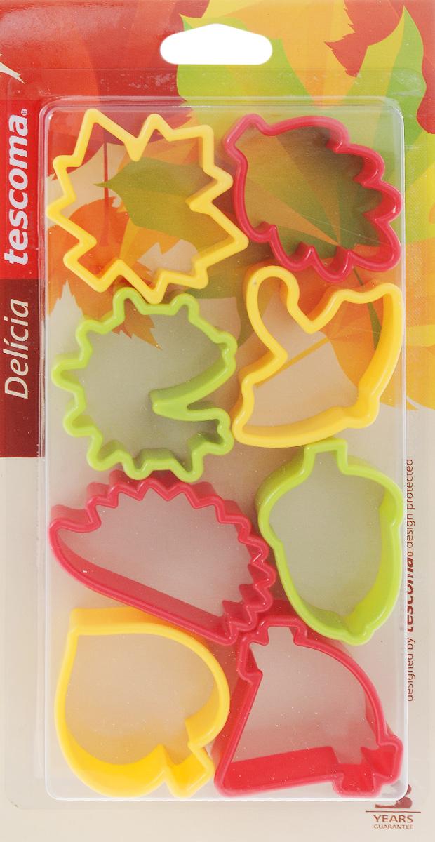 Формочки для вырезания печенья Tescoma Delicia. Осень, двухсторонние, 8 шт630904Формочки для вырезания печенья Tescoma Delicia. Осень изготовлены из высококачественного пластика. В набор входят 8 двухсторонних формочек, с помощью которых можно вырезать печенье в форме осенних листочков, желудей и т.д. Изделие прекрасно подходит для вырезания печенья разных размеров из песочного и пряничного теста. С помощью таких формочек вы без труда приготовите оригинальное печенье, которое наверняка порадует и удивит гостей. Можно использовать формочки как трафареты для поделок из соленого теста или пластилина. В комплект входит также пластиковое кольцо, на которое можно подвешивать формочки. Можно мыть в посудомоечной машине. Средняя длина формочек: 6 см.