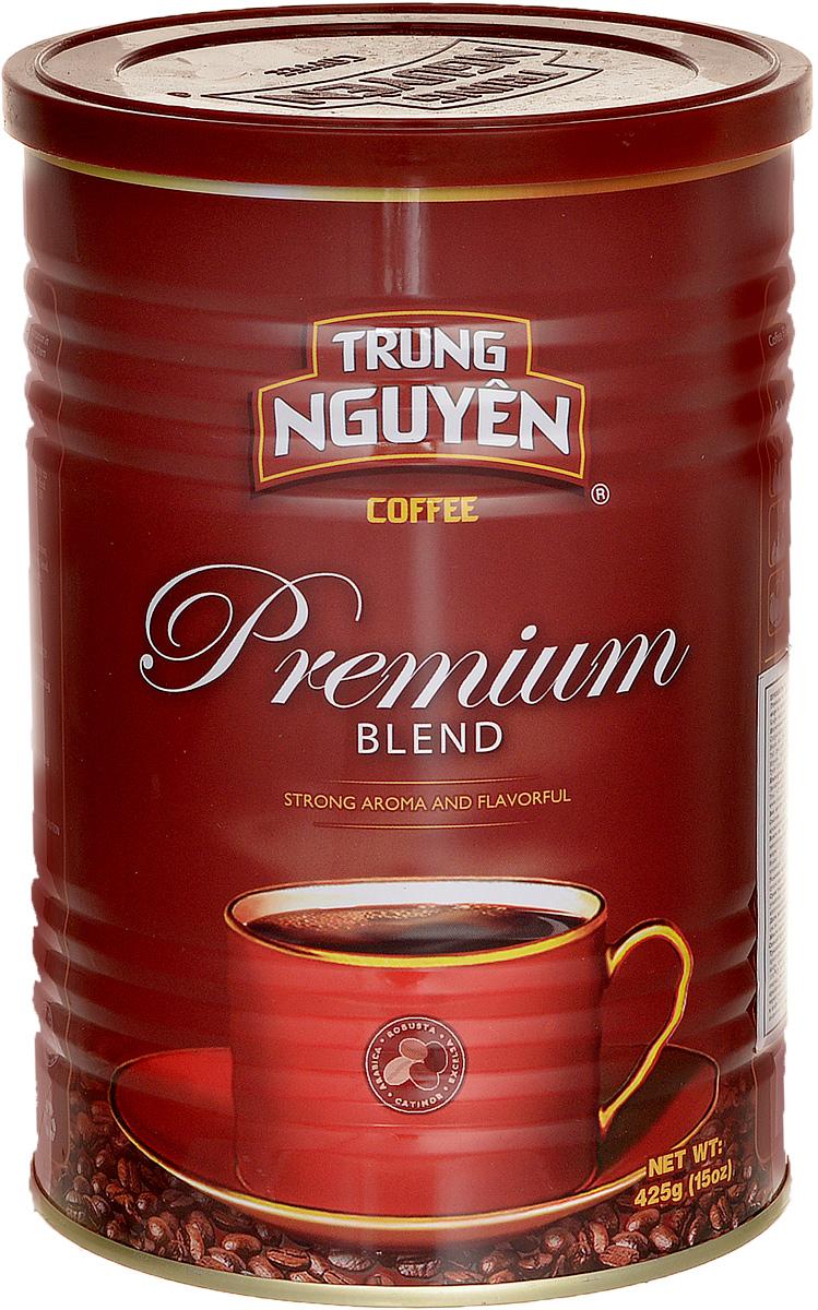 Trung Nguyen Premium Blend кофе молотый, 425 г8935024144275Trung Nguyen Premium Blend - тонкий и сбалансированный купаж из четырех сортов кофе: Арабики, Робусты, Катимора, Эксцельзы. Добавление натуральных ароматизаторов Сливочное Масло и Какао делает его единственным в своем роде. Это достигается в том числе и благодаря традиционному использованию масел в процессе обжига. Premium Blend - потрясающий кофе средне-грубого помола, с относительно невысоким содержанием кофеина, обладающий приятной кислинкой и стойким послевкусием какао. Коллекция Blend – культовый лидер Вьетнама, именно эта коллекция сделала компанию Trung Nguyen известной во всем мире.
