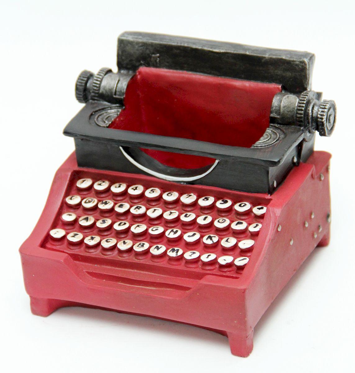 Подставка для канцелярских принадлежностей Magic Home Ретро печатная машинка. 3612836128Оригинально выполненная подставка из прочного полирезина сохранит ваши канцелярские принадлежности, и они всегда будут под рукой. Благодаря эксклюзивному дизайну, подставка оформит ваш рабочий стол, а также станет практичным сувениром для друзей и коллег.