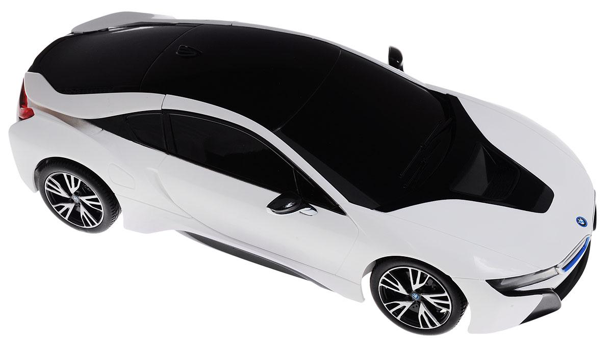 Rastar Радиоуправляемая модель BMW i8 цвет белый черный масштаб 1:1859200Радиоуправляемая модель Rastar BMW i8 - отличный подарок для вашего мальчика! Предназначена для всех, кто любит роскошь и высокие скорости. Автомобиль обладает неповторимым провокационным стилем и спортивным характером. Потрясающая маневренность, динамика и покладистость - отличительные качества этой модели. Возможные движения: вперед, назад, вправо, влево. Имеются световые эффекты. Пульт управления работает на частоте 27 MHz. Радиоуправляемые игрушки способствуют развитию координации движений, моторики и ловкости. Ваш ребенок часами будет играть с моделью, придумывая различные истории и устраивая соревнования. Порадуйте его таким замечательным подарком! Для работы машины необходимо купить 4 батарейки напряжением 1,5V типа АА (не входят в комплект). Для работы пульта управления необходимы 2 батарейки напряжением 1,5V типа АА (не входят в комплект).