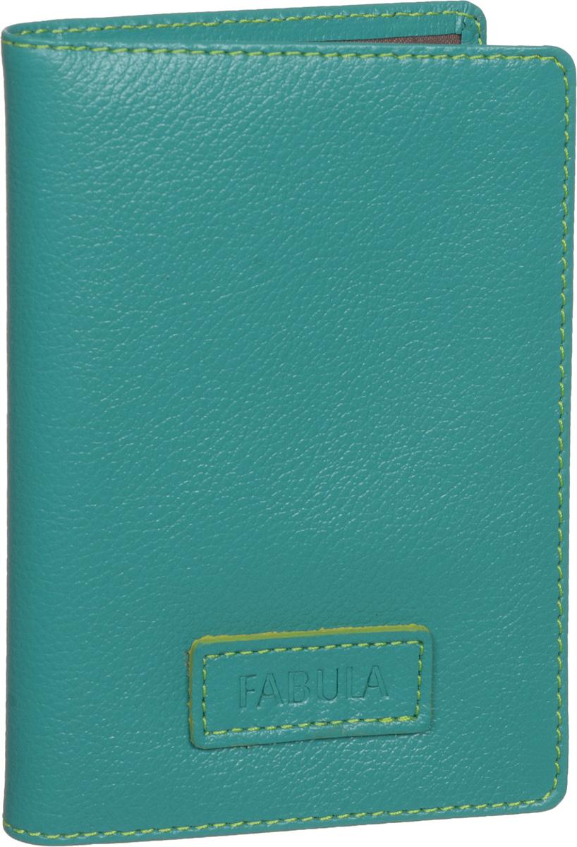 Бумажник водителя женский Fabula Ultra, цвет: бирюзовый. BV.75.FPBV.75.FP.бирюзовыйБумажник водителя Fabula Ultra выполнен из натуральной кожи с зернистой фактурой и Оформлен нашивкой с тиснением в виде символики бренда. Изделие раскладывается пополам. Отделение для автодокументов включает в себя вкладыш из прозрачного ПВХ, который содержит шесть файлов. Изделие поставляется в фирменной упаковке. Стильный бумажник водителя Fabula Ultra станет отличным подарком для человека, ценящего качественные и оригинальные вещи.