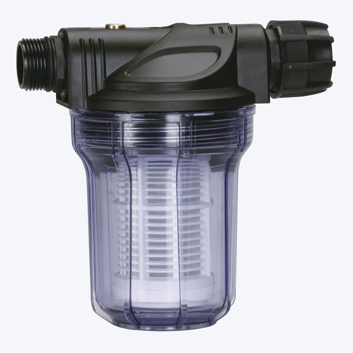 Фильтр предварительной очистки Gardena  до 3000 л/ч01731-20.000.00Фильтр предварительной очистки Gardena  защищает насос от мелких и крупных загрязняющих частиц, обеспечивая тем самым бесперебойность его работы и особенно рекомендован к использованию при перекачивании сред, содержащих песок. Просто установите фильтр предварительной очистки между садовым насосом, станцией автоматического водоснабжения или автоматическим напорным насосом и заборным шлангом. Быстросъемный фильтр легко чистится. Фильтр снабжен резьбой 33,3 мм (G 1) и рассчитан на расход воды до 3000 л/ч.