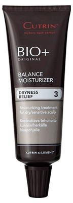 Cutrin Увлажняющий гель-крем BIO+ Balance Moisturizer, 75 мл14233Неверно подобранная рецептура при окрашивании волос может вызвать на раздраженной коже головы шелушение, сухость и ощущение стянутости. Легкий в применении несмываемый гель-крем для сухой кожи головы быстро и эффективно снимает эти симптомы и убирает состояние дискомфорта после воздействия химических препаратов. Предотвращает сухую перхоть и зуд. Активный ингредиент Moist 24TM обеспечивает интенсивное увлажнение кожи головы на протяжении 24 часов, а биокомплекс фитоаминов обновляют ее и препятствуют испарению влаги. Восстанавливает баланс влажности кожи головы, быстро впитывается, не делая волосы жирными. Керамиды - активные ингредиенты новейшего поколения из области биотехнологий - восстанавливают структуру кожи головы и уменьшают раздражение. Особенно полезны при атопической коже. Сохраняет цвет окрашенных волос.