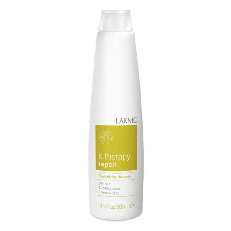 Lakme Шампунь восстанавливающий для сухих волос Revitalizing Shampoo Dry Hair, 300 мл43412Ассортимент специально разработанных продуктов для сухих и очень сухих волос. Состояние волос: сухие, пористые и поврежденные волосы В состав шампуня входит гидратированный сахарный комплекс, который обеспечивает длительный увлажняющий эффект. Водомасленный комплекс растений Бабассу и Макадамия (произрастающих в Бразилии) предотвращает обезвоживание и защищает волосы, обеспечивая питание и блеск. Содержит концентрат ледниковой воды, богатой минералами и олиго-элементами, которые естественным образом смягчают и защищают кожу головы. Благодаря мягкому воздействию подходит для ежедневного использования. Прошел дерматологический контроль