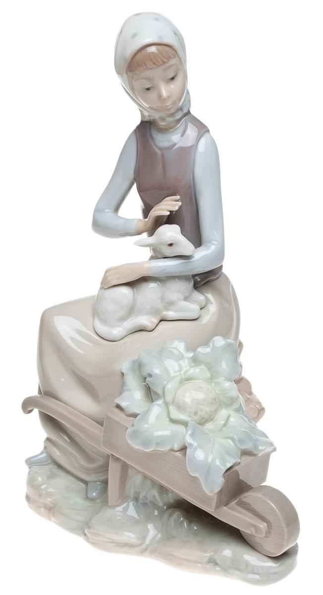 """Lladro! Статуэтка """"Девочка с барашком"""". Фарфор, ручная роспись, глазуровка. Высота 23 см. Lladro, Испания (Валенсия), 1980-е гг."""