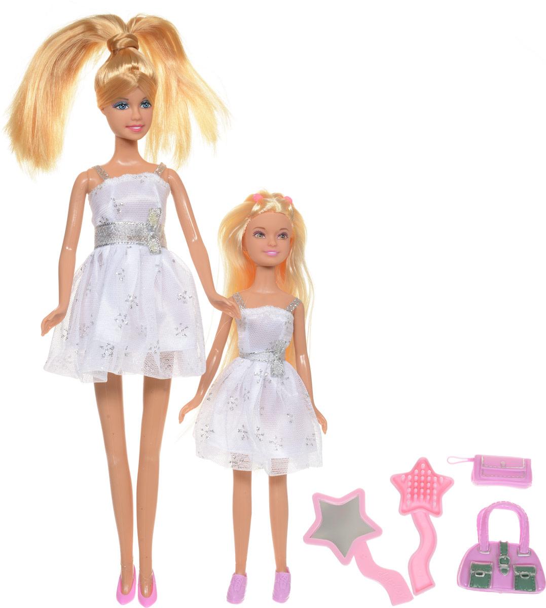 Defa Игровой набор с куклами Lucy Sisters цвет платьев белый8126dКуклы-сестрички Lucy. Sisters от компании Defa непременно понравятся вашей малышке и станут ее любимыми игрушками. Куклы Defa известны на весь мир своими забавными щечками и смешной улыбкой. Куклы одеты в короткие белые платья с блестками и в розовые туфельки. У кукол длинные светлые волосы, вашей дочурке непременно понравится заплетать волосы куколок, придумывая разнообразные прически и новые образы. Голова, руки и ноги кукол подвижны. В комплекте с куклами имеются модные розовые сумочки и расческа с зеркальцем. Куклы, пожалуй, самые популярные игрушки в мире. Девочки обожают играть с ними, отправляясь в сказочную страну грез. Собери всю коллекцию забавных модниц от компании Defa. Порадуйте свою малышку таким великолепным подарком!