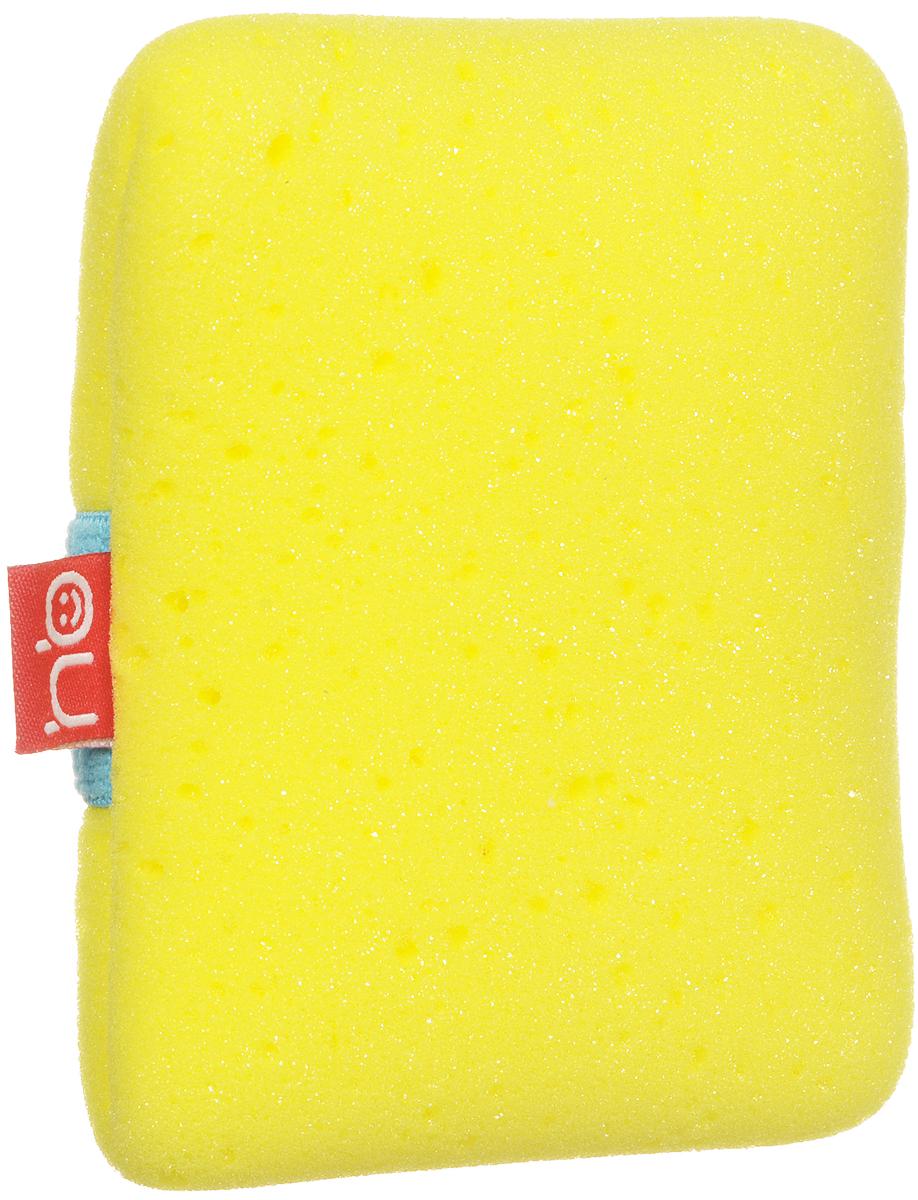 Happy Baby Мочалка Sponge+ с эластичным фиксатором на руку цвет желтый35004_желтыйМягкая мочалка Sponge+ разработана специально для нежной кожи малыша. Прекрасно подходит для новорожденных. Благодаря высококачественному мягкому материалу, из которого выполнена мочалка, купание для вашего ребёнка станет ещё приятней. Эластичная резинка позволит плотно зафиксировать мочалку на руке. Для большего удобства имеется маленький кармашек, в который можно при необходимости положить мыло.