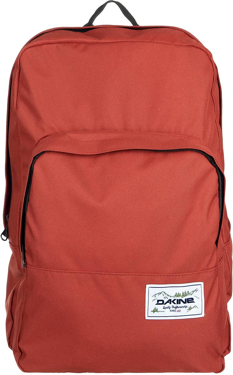 Рюкзак Dakine DK CAPITOL 23L BRICK. 0813005900116688 08130059Городской рюкзак с отделением для ноутбука ( до 15). Один внешний карман.