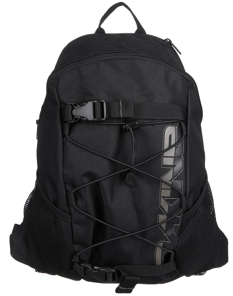 Рюкзак Dakine W16 DK WONDER 15L BLACK. 813006000108441 8130060Городской однообъемный рюкзак. Лямки для переноски скейтборда, резиновый шнур для закрепления вещей снаружи. Два кармана побокам из сетки.