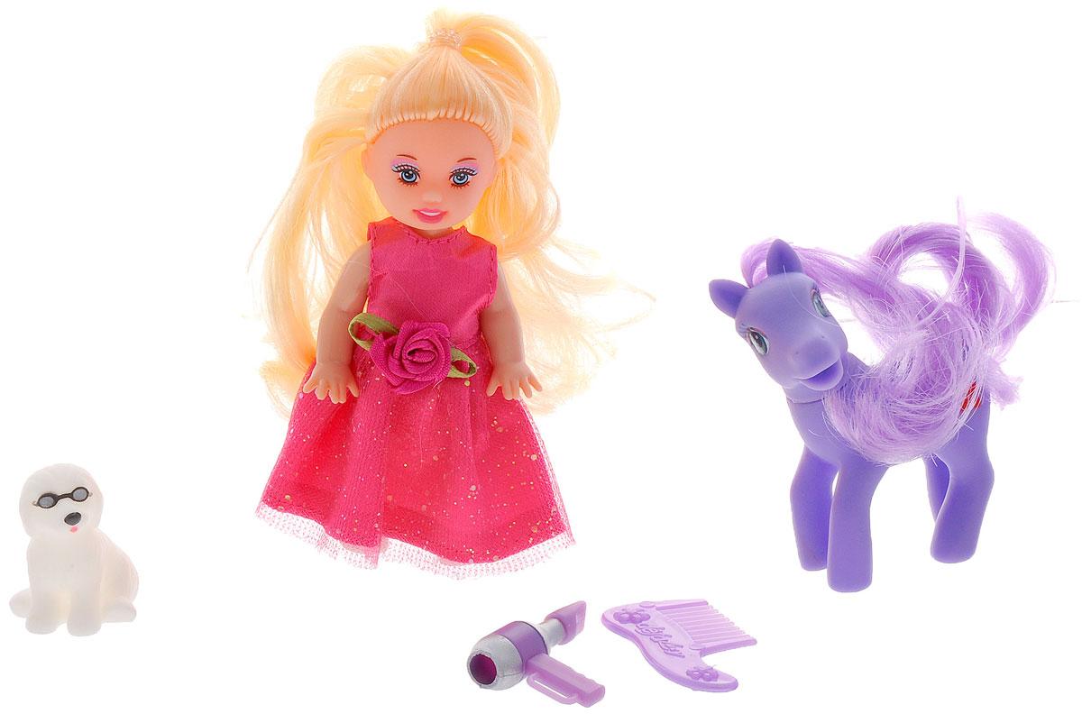Defa Мини-кукла Малютка с пони6016dМини-кукла Defa Малютка с пони порадует вашу малышку и доставит ей много удовольствия от часов, посвященных игре с ней. Кукла с длинными светлыми волосами одета в блестящее розовое платье, а на ногах - белые туфли. В комплект с куклой входят фен, расческа и два питомца - пони и собачка. Куклы, пожалуй, самые популярные игрушки в мире. Девочки обожают играть с ними, отправляясь в сказочную страну грез. Порадуйте свою малышку таким великолепным подарком!