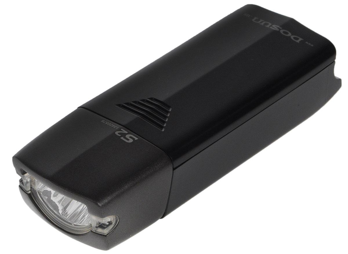 Фара велосипедная Dosun S2S2Надежная и удобная в эксплуатации фара Dosun S2 предназначена для обеспечения большей безопасности при поездках в темное время суток. Работает от 2 батареек типа АА (не входят в комплект). Оснащена ярким светодиодом. Водонепроницаемый корпус выполнен из металла и пластика. Удобная конструкция фары позволяет быстро устанавливать ее на руль или снимать. Фара работает в 2 режимах: полная яркость и мигание. Время свечения на полной яркости: 5 ч. Время мигания: 15 ч. Размер фары (без учета крепления): 10,5 х 3,6 х 2,6 см.