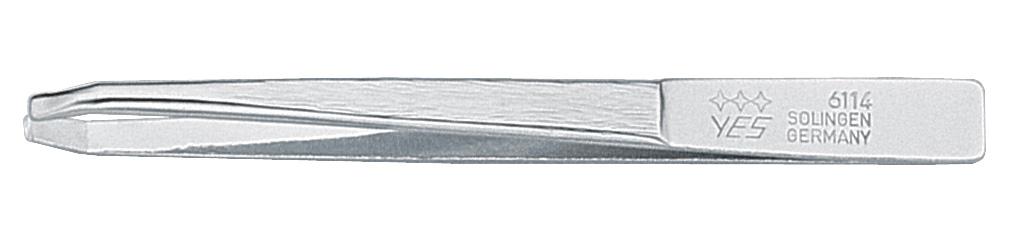 Becker-Manicure YES Пинцет Zetty 8см. 9611496114Пинцет изготовлен из высокоуглеродистой стали и предназначен для коррекции бровей, удаления волос и заноз. Длина пинцета 8 см. Хранить в сухом недоступном для детей месте. Замена изделия не осуществляется в следующих случаях: - Использование не по назначению - Самостоятельный ремонт - Нарушение условий хранения
