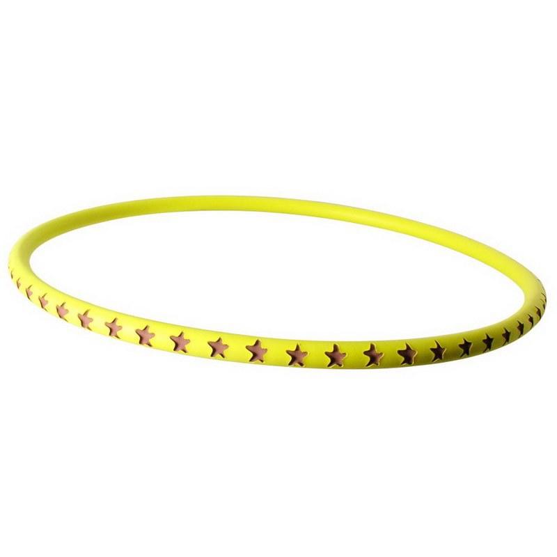Safsof Хулахуп 75 смCHL-25(P)Хулахуп игрушка, материал – Вспененная резина . Цвет изделия жёлтый; вырезы в форме звёздочек. Диаметр хулахуп игрушка – 75 см. Изделие для активного досуга детворы. С 3 лет.