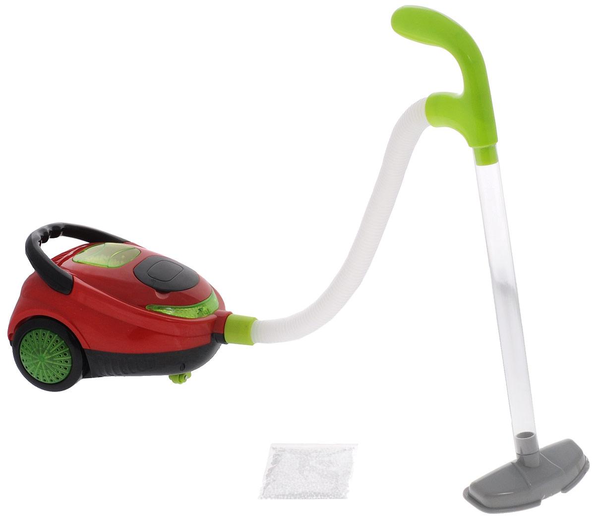 ABtoys ПылесосPT-00341Игрушечный пылесос ABtoys создан для юных хозяюшек в возрасте от трех лет. С ним девочка сможет воображать, как она помогает маме с уборкой и пылесосит комнату. Игрушка снабжена реалистичными звуковыми и световыми эффектами, благодаря которым игра с ней становится еще более интересной и увлекательной. Пылесос имеет съемную корзину для мусора, может засасывать пенопластовые шарики. При работе в верхнем окошке пылесоса шарики из пенопласта движутся под струей воздуха. Для работы игрушки необходимы 4 батарейки типа АА напряжением 1,5V (не входят в комплект).