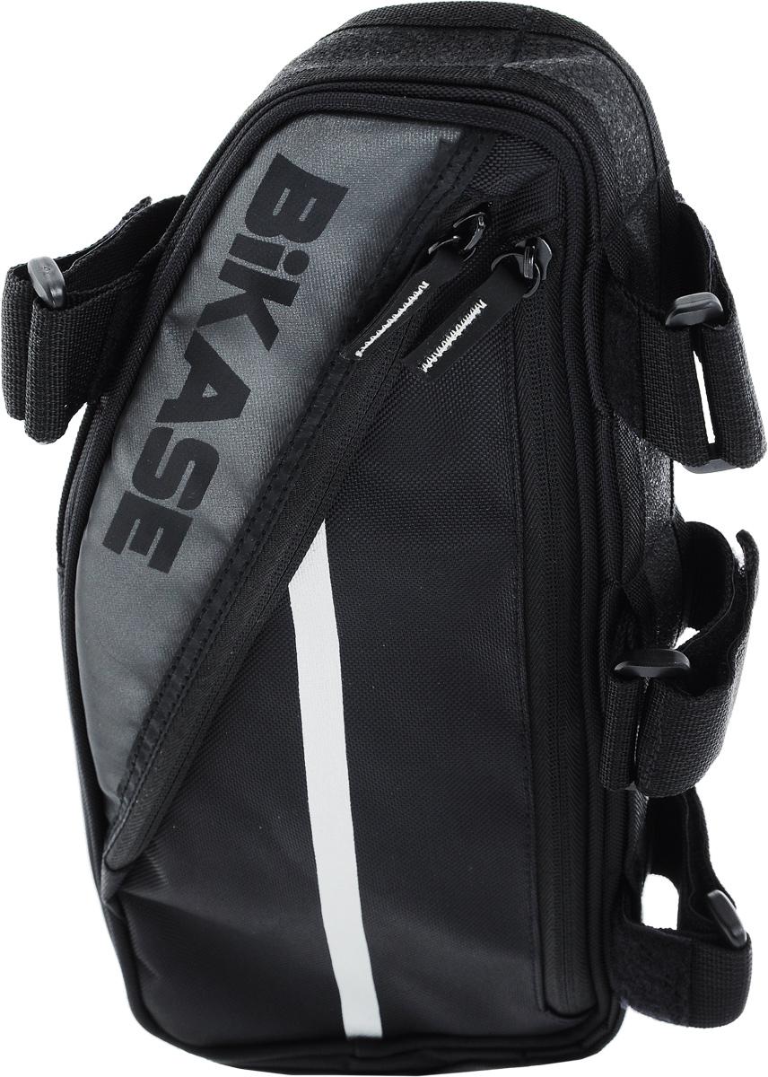 Велосумка под раму BiKase Frame Bag XL, 35 х 4,5 х 16 смPN1020Велосипедная сумка BiKase Frame Bag XL выполнена из водоотталкивающего нейлона. В ней можно перевозить инструменты, а также небольшие личные вещи. Сумка оснащена светоотражающими полосками, что повышает вашу безопасность на дорогах. Имеются 2 вместительных отделения на застежке-молнии и два внешних сетчатых кармана по бокам на застежке-молнии. Внутри одного отделения изделие снабжено органайзером. Сумка крепится на раме при помощи 4 ремней на липучках.