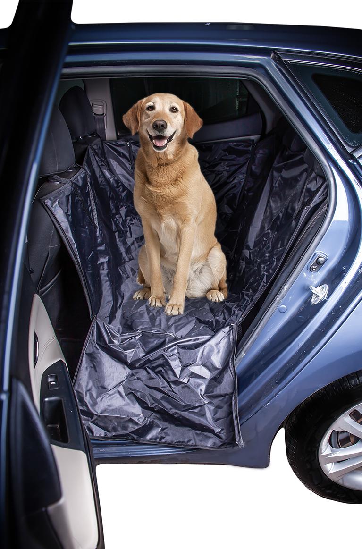 Автогамак для собак с боковой защитой дверей AvtoTink73002Автогамак AvtoTink защищает салон автомобиля от загрязнений и шерсти. Незаменим при транспортировке животного после прогулок на природе. Обеспечивает безопасность водителя, пассажиров и собаки. Покрывает полностью заднее сиденье автомобиля и заднюю часть передних сидений, при этом не препятствует закрытию дверей. Боковые бортики защищают двери от грязи и царапин. Материал с водонепроницаемой пропиткой, что обеспечит дополнительную защиту вашего салона. Монтируется на заднем сиденье вашей машины (крепится при помощи карабинов: спереди за подголовники, сзади за подголовники). Регулируется по высоте и натяжению.