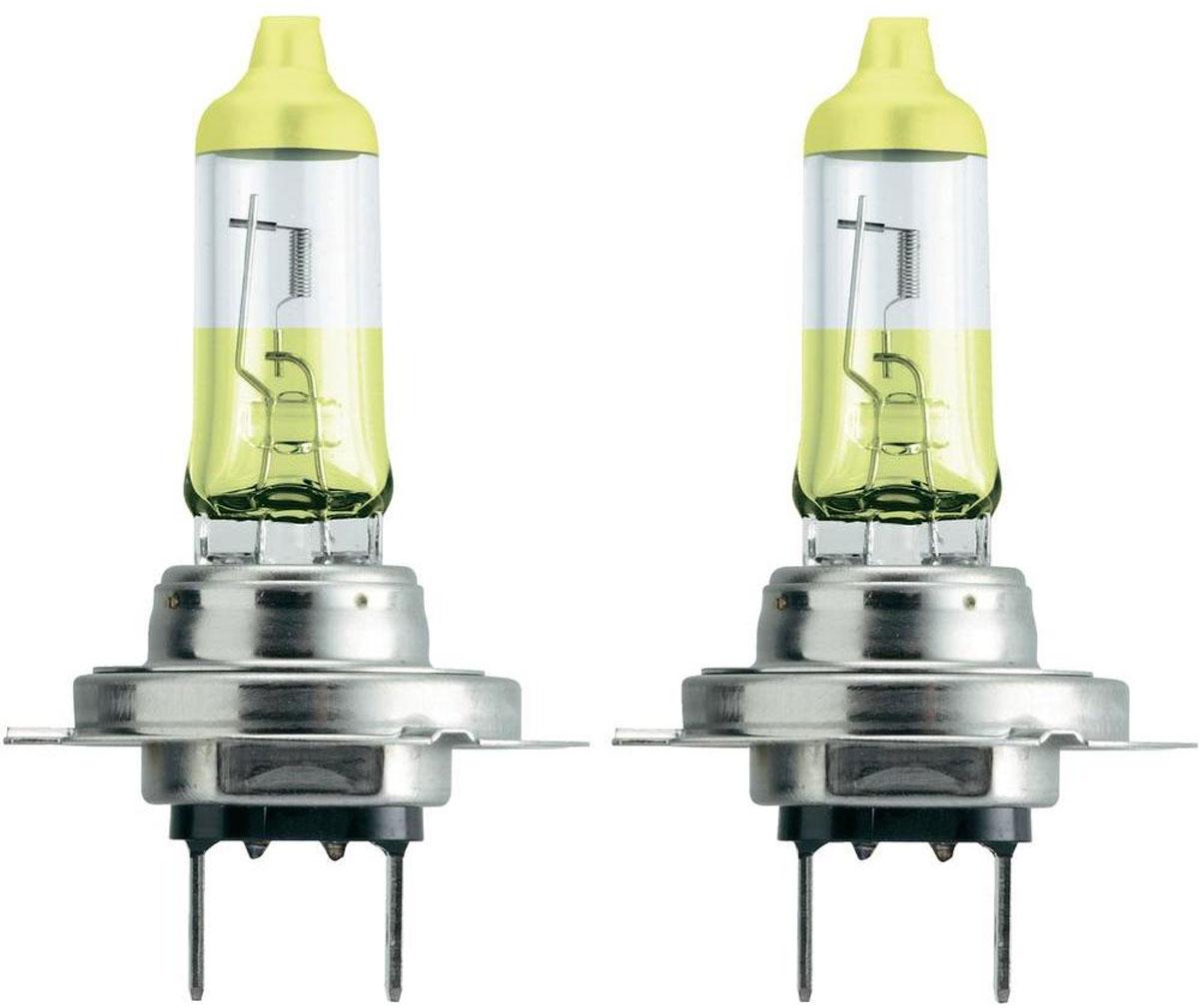 Лампа автомобильная галогенная Philips ColorVision Yellow, для фар, цоколь H7 (PX26d), 12V, 55W, 2 шт12972CVPYS2Галогенная лампа для автомобильных фар Philips ColorVision произведена из запатентованного кварцевого стекла с УФ фильтром Philips Quartz Glass. Кварцевое стекло Philips в отличие от обычного твердого стекла выдерживает гораздо большее давление смеси газов внутри колбы, что препятствует быстрому испарению вольфрама с нити накаливания. Кварцевое стекло выдерживает большой перепад температур, при попадании влаги на работающую лампу изделие не взрывается и продолжает работать. Лампа ColorVision придает автомобильной фаре желтый оттенок, при этом она излучает яркий белый свет. Лампа отражает свет, направляя его через оптические элементы, и создает интересные цветные эффекты. Такие лампы обеспечивают на 60% больше света и увеличивают видимость до 25 метров (по сравнению с обычными лампами). Эти инновационные цветные автомобильные лампы сертифицированы для использования на дорогах. Они соответствуют европейским стандартам и обеспечивают прекрасное освещение, излучая...